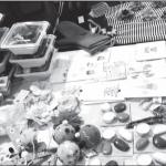 """Vinco Krėvės lituanistinė mokykla kvietė visus aplankyti """"Krėviukų kampą"""" – mokyklos mokinukų staliuką JAV LB organizuotoje mugėje Philadelphijoje."""
