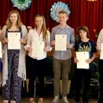 AKLM mokiniai, laikė lietuvių kalbos lygių testą, su VU diplomais