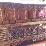 Iš asmeninio S. Lazdauskaitės archyvo: Ėmimo į Dangų bažnyčios viduje, Katmandu Iš asmeninio archyvo: Church of Assumption altorius su Aleksandro Kazicko vardu, Katmandu