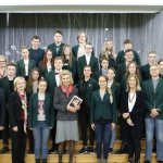 Jurate Kazickas with V. Zemkalnis School's students and administration