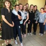 Fondo atstovė ieva Sriebaliūtė su Lentvario dienos centro komanda